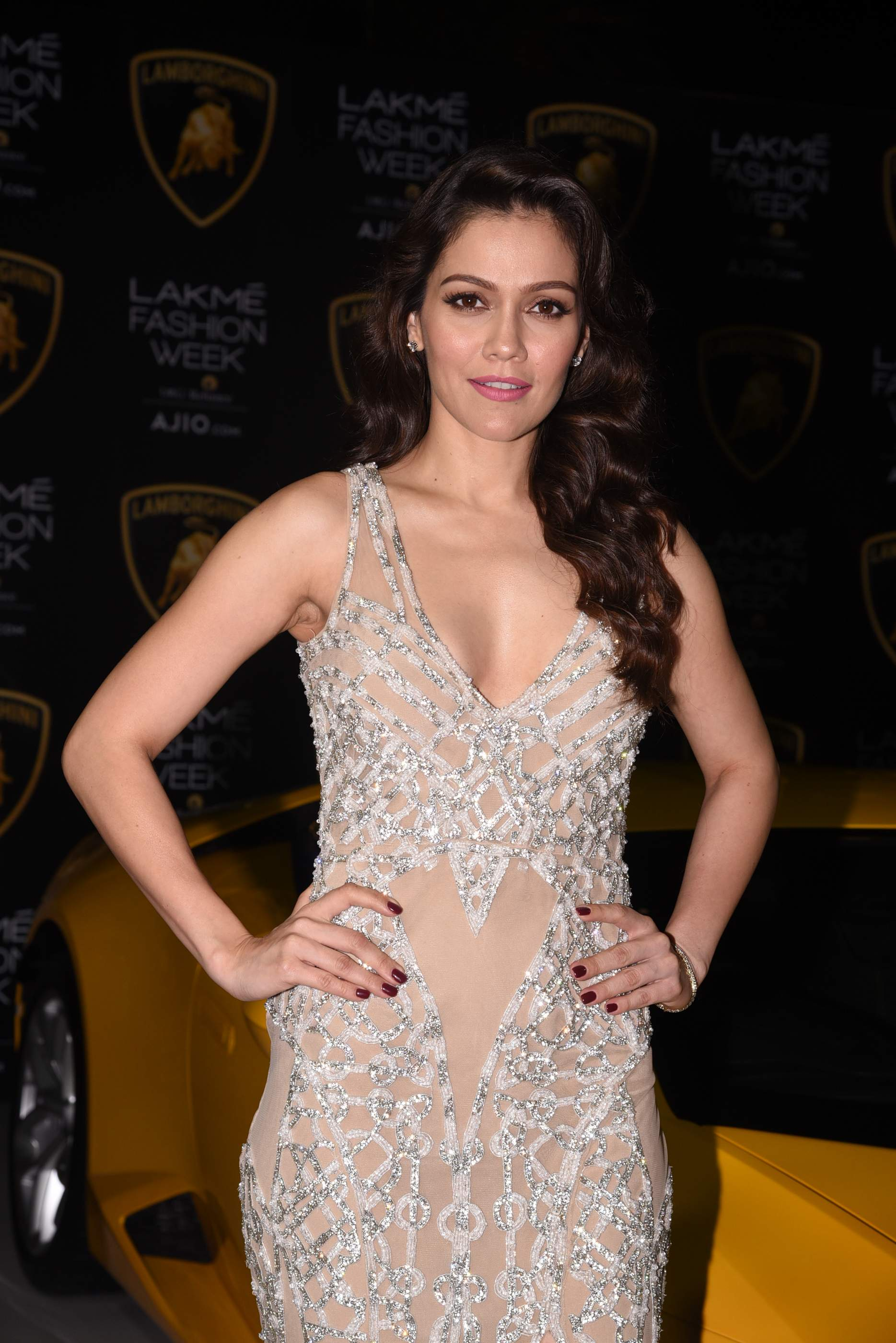 Sexiest Photo Stills Of Hot Actresses From Flash Fashion Event | Models