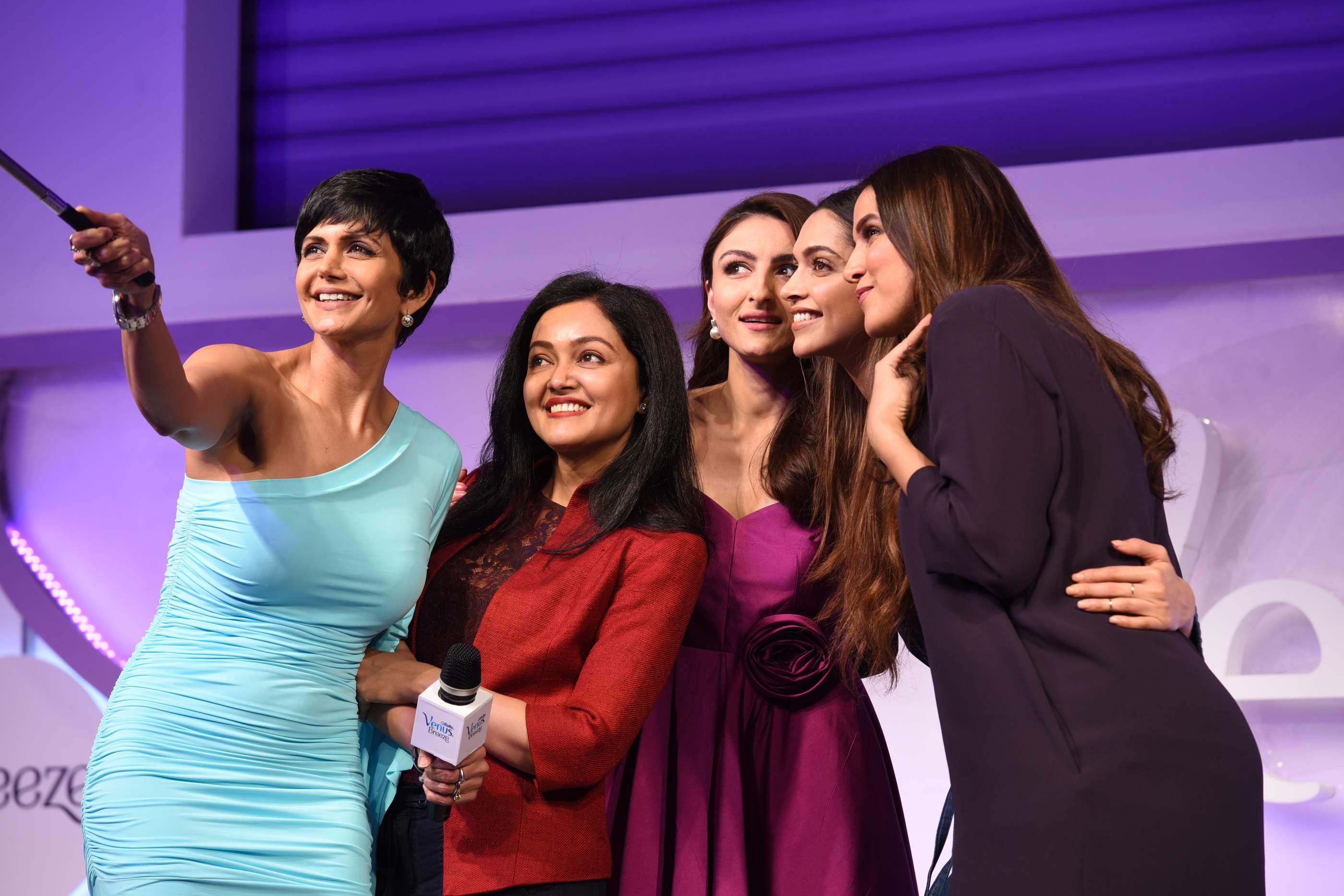 Beautiful Deepika Padukone, Soha Ali Khan & Neha Dhupia Beautiful Deepika Padukone, Soha Ali Khan & Neha Dhupia Gilette 119