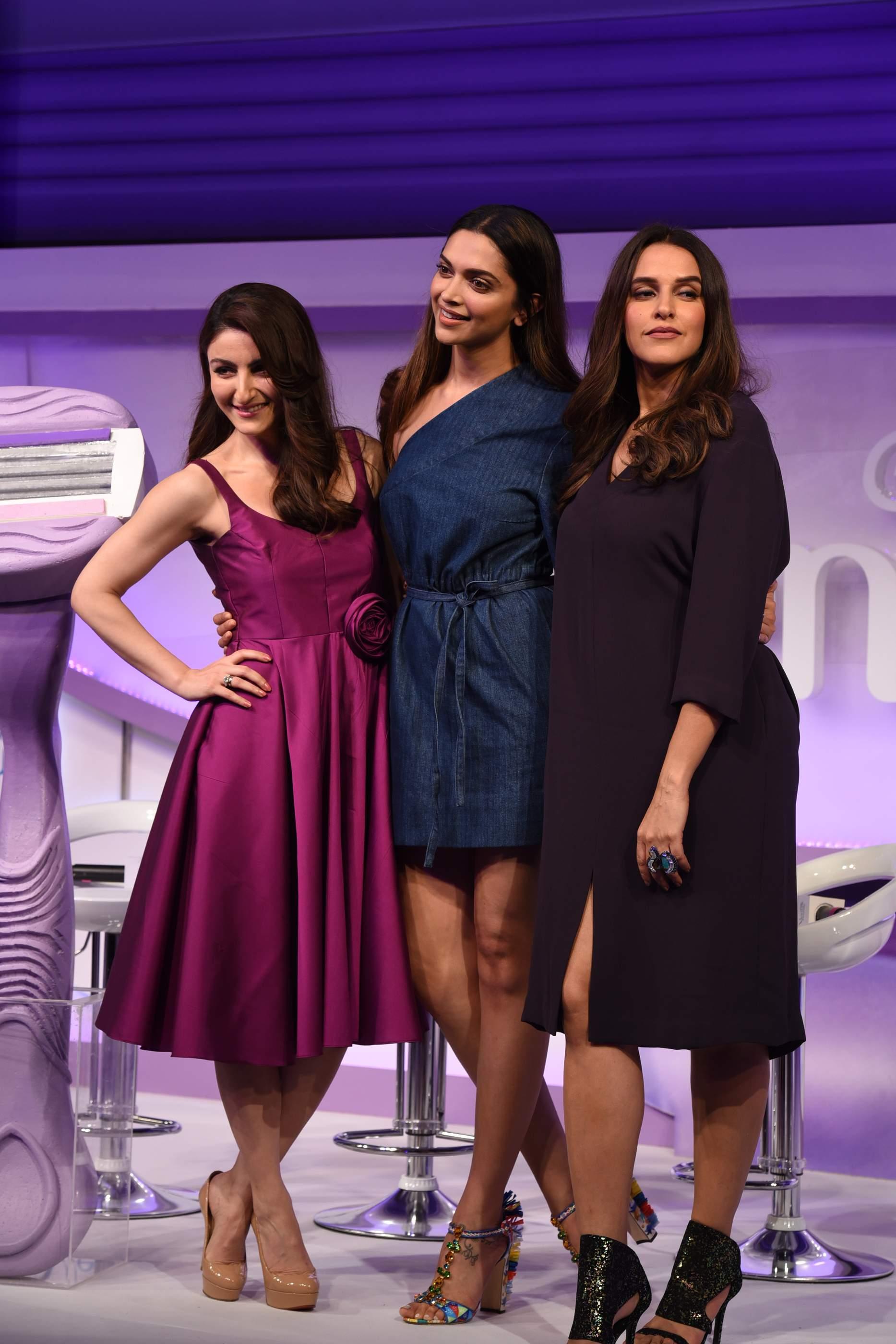 Beautiful Deepika Padukone, Soha Ali Khan & Neha Dhupia Beautiful Deepika Padukone, Soha Ali Khan & Neha Dhupia Gilette 132