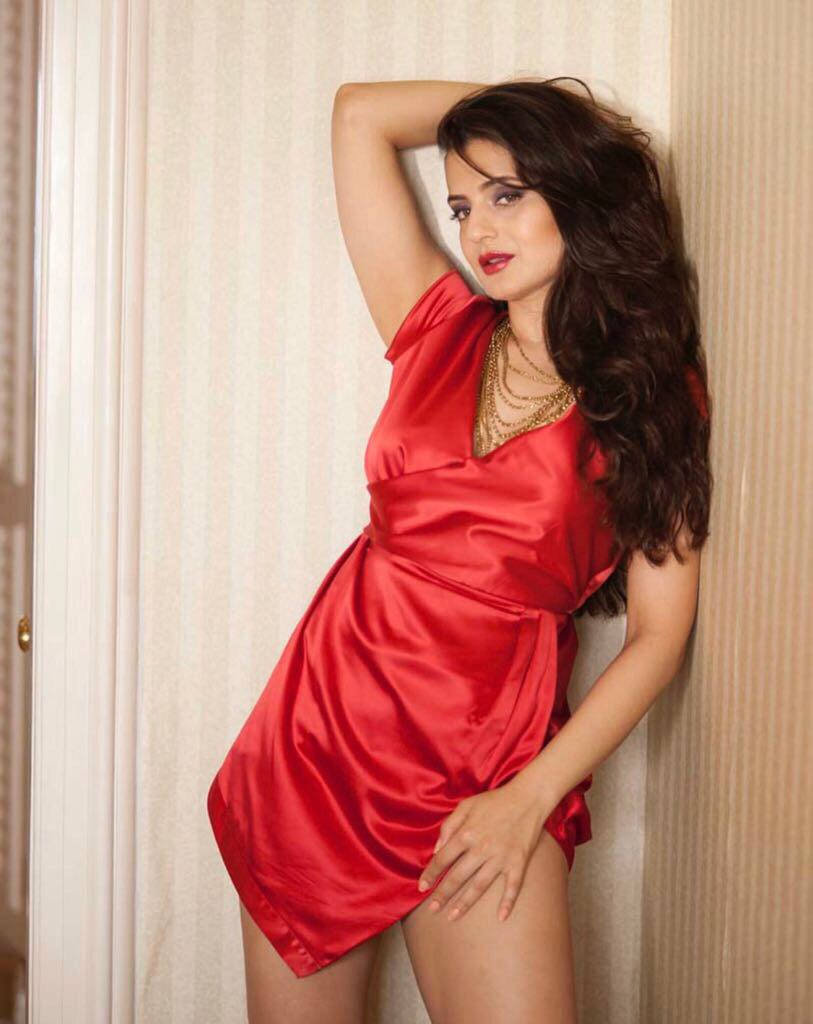 HOT Actress Ameesha Patel 's SUPER Sexy Photo Stills | Hot HD Pics HOT Actress Ameesha Patel 's Brand New SUPER Sexy Photo Stills HOT Actress Ameesha Patel 's Brand New SUPER Sexy Photo Stills Ameesha Patel Super Sexy Photo Stills 20