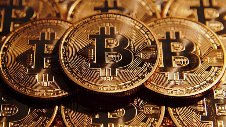 cryptocurrency ceo dies, one hundred and eighty million dollars frozen Cryptocurrency CEO dies, One Hundred and eighty million dollars frozen 488159 cryptocurrency value explodes